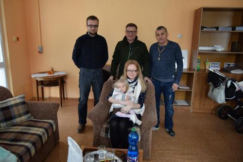 rodina Popovičová, správca nadácie PhDr. D. Andráško, OZ Miňo - M. Kočan
